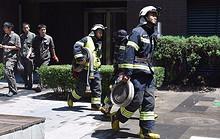 望京一处住宅楼突发火灾 未致人员伤亡