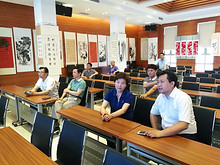 朱春霞同志到望京人大代表工作室接待选民