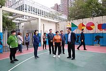 朝阳区副区长刘海涛到望京开展主题教育调研