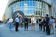 """市区领导到望京街道调研""""疏整促""""和人口调控工作"""
