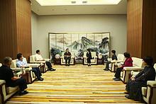 望京街道工委副书记张立云带队走访北京市第三中级人民法院