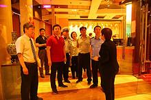 望京街道主要领导带队开展餐饮企业联合检查