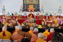 官網: 2018年第九屆北美噶舉大祈願法會.法王噶瑪巴「三主要道」課程.第一天