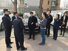 望京街道主要领导带队检查指导地区环境重点难点问题的整改情况