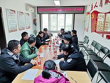 """望京街道综治办组织多个职能部门对7个社区开展创建""""交通安全示范社区""""推进会"""