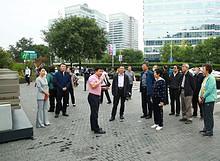 市政协老委员联谊会到望京小街参观考察