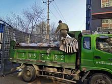 接诉即办 | 南湖东园:清理堆物堆料 消除安全隐患