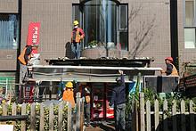 东湖街道上京新航线小区违法建设拆除及恢复工程项目启动